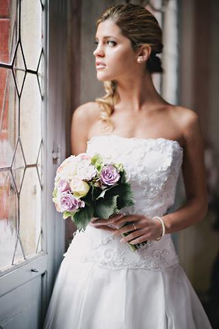 Ritratto sposa e bouquet